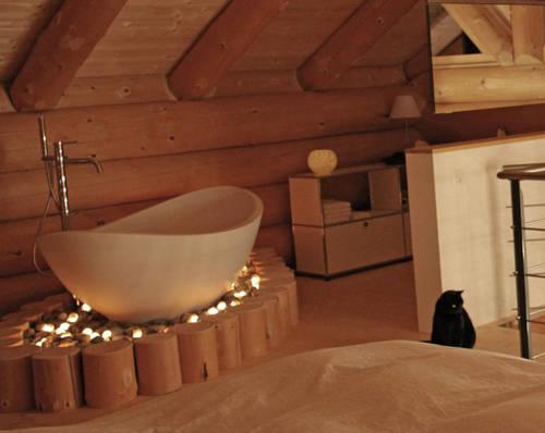Badewanne badewannen wannen duschwannen einbaubadewannen for Mini badewanne